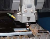 Naprava za laserski razrez (4)