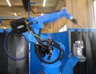 Stroj za robotsko varjenje (2)