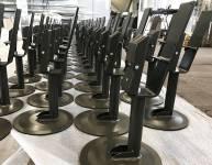 Kovinski nosilci za stol (7)