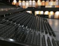 Tribuna s sedeži (4)
